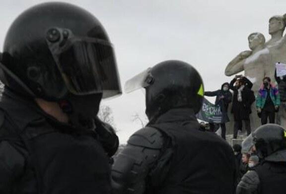 В Совфеде оценили действия полиции на несогласованных акциях 31 января