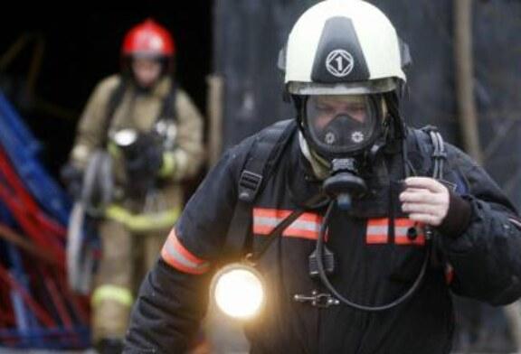 В Петербурге загорелось производственное здание