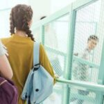 Педиатр предупредил о риске рака у подростков с вредными привычками