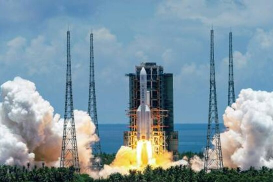 Эксперт призвал не беспокоиться о падении ступени китайской ракеты