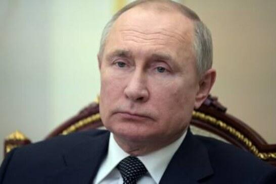 Путин поручил включить в нацпроекты мероприятия по поддержке молодежи