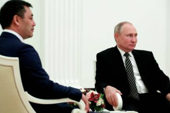 Путин пообещал президенту Киргизии помощь в борьбе с пандемией COVID-19