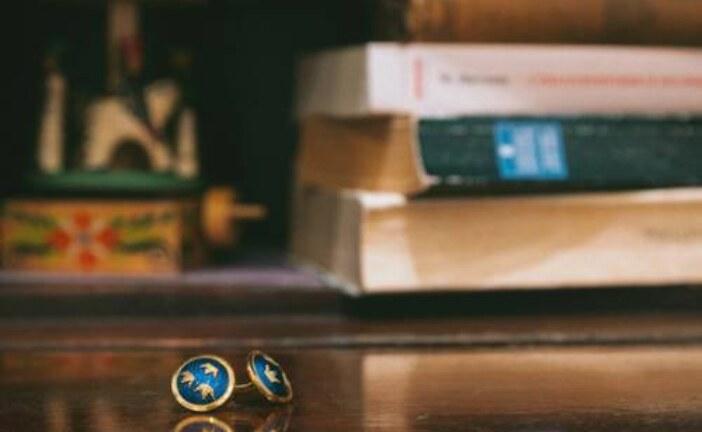 О запонках Бродского рассказали на виртуальной выставке музея Ахматовой
