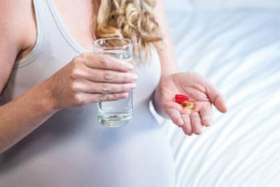 Прием антибиотиков во время беременности связали с повышенным риском астмы у ребенка