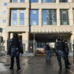 Корреспондента «Дождя» задержали у Мосгорсуда
