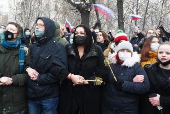 Эффект Навального: к 2024-му Путину придется заморозить пенсионную реформу