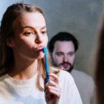 Что будет, если не чистить зубы сутки? А… месяц?