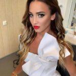 «Шлюха, которая спала с моим мужчиной!»: Бузова устроила в Сети истерику из-за партнерши Давы   StarHit.ru