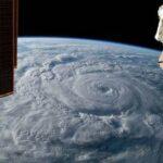 Экипаж МКС нанесет слой герметика на вторую трещину в российском модуле
