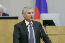 Володин прокомментировал объединение эсеров с двумя партиями