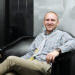 Водитель звезды Comedy Club Гавра устроил драку в центре Москвы | StarHit.ru