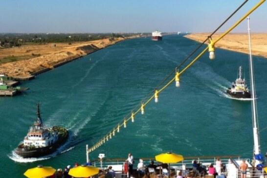 В Суэцком канале возникли проблемы с очередным танкером
