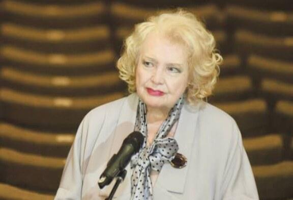На фоне скандала во МХАТе Доронина решила создать худсовет