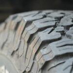 Названы способы экономии на зимней резине для автомобилистов