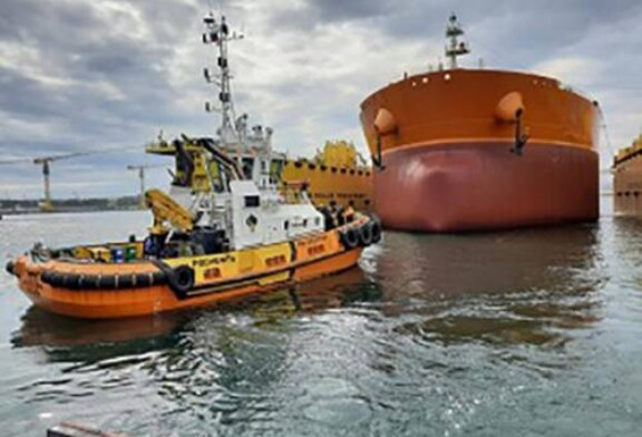 Второй российский «зеленый» танкер-гигант спущен на воду