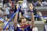Слезы и любовь: в чем секрет эмоциональной победы Медведева на US Open