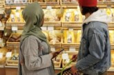 Как США и Европа защищают граждан от инфляции: что мешает России